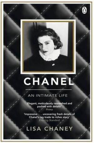 Книга - Chanel: An Intimate Life